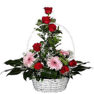 Корзина цветов Торжество