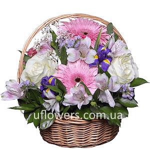 Корзина цветов Цветочный бал